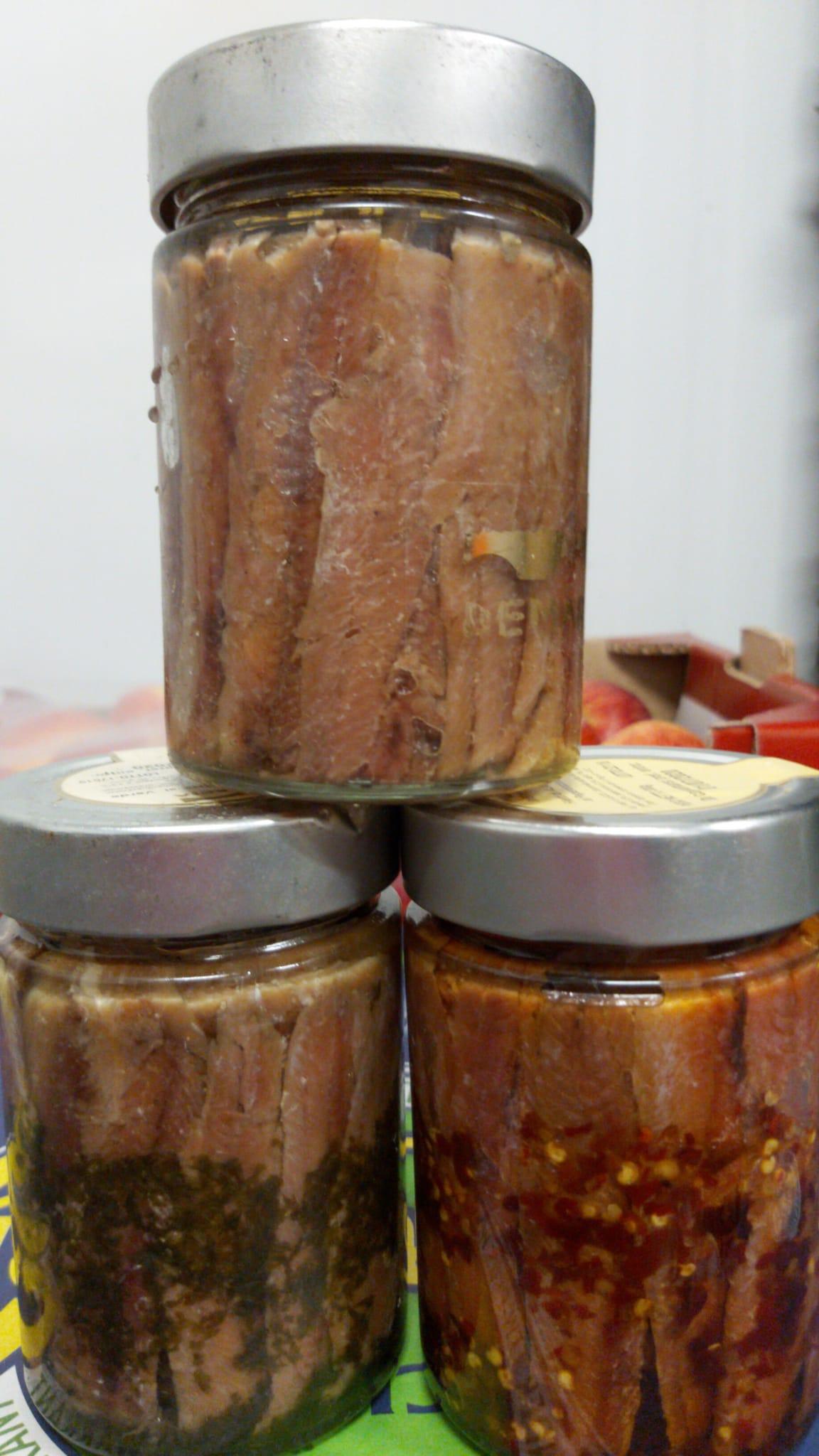 Acciughe sott'olio naturale, al peperoncino e prezzemolo OFFERTA DEL GIORNO